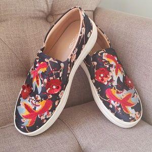 Embroidered printed Topshop slip on sneaker